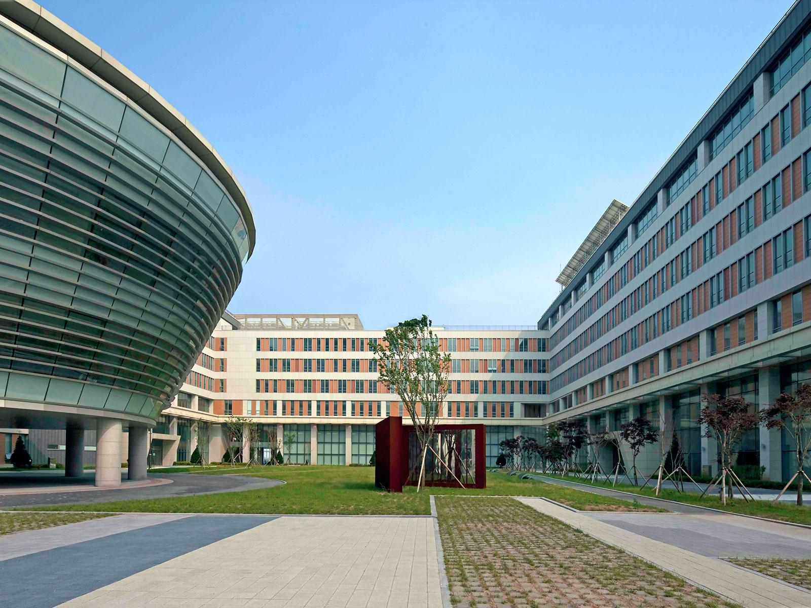 fachada Corea Songdo Global University